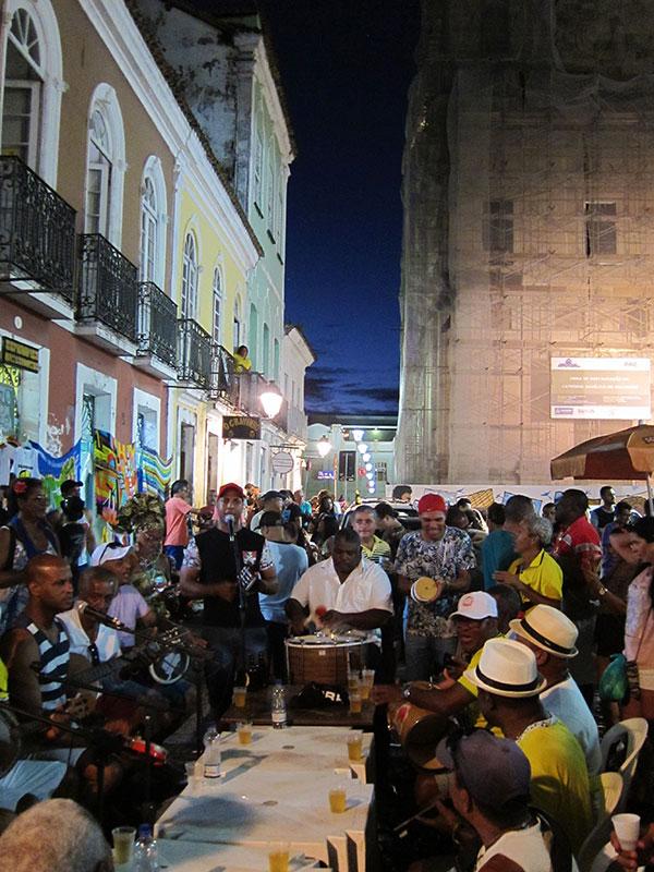 Samba in Salvador's Terreiro de Jesus