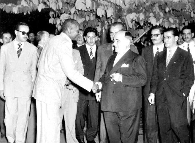 Mestre Bimba meets Getúlio Vargas